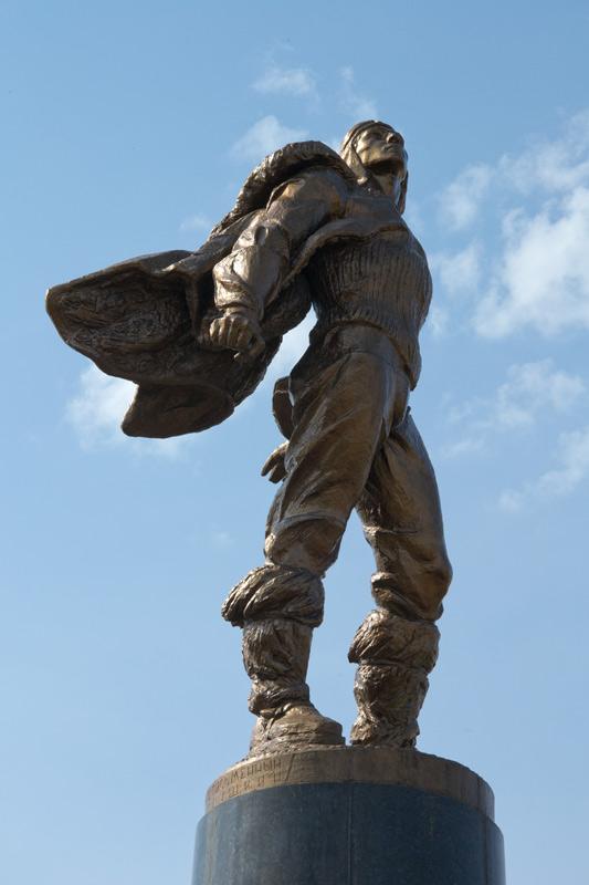 Памятник с семейный Гудермес Эконом памятник Арка с резным профилем Дигора
